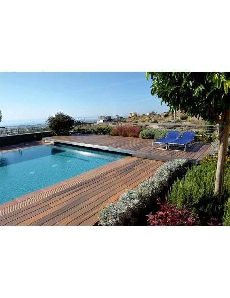 Terrasse en bois composite imitation bois