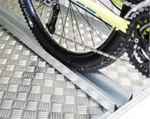 rail de vélo pour abri