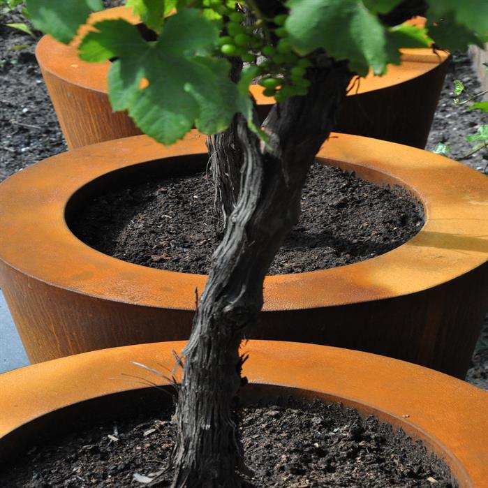 pots de fleurs en corten