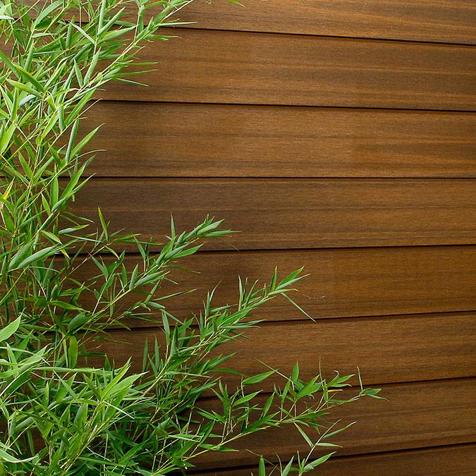 Exemple de planche composite de bardage en horizontal