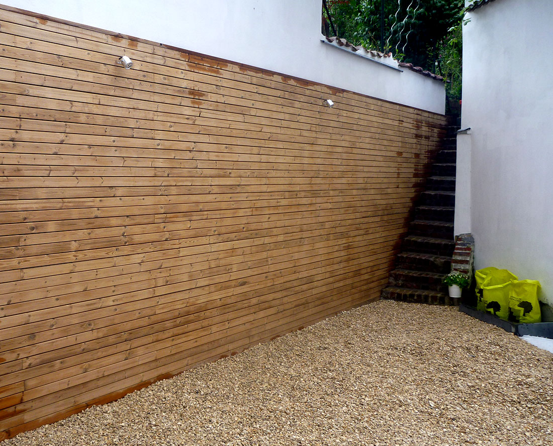bardage pour mur en thermowood en parabloc