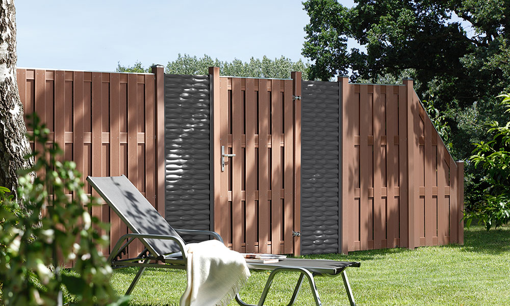 clôture de jardin et du voisinage en bois composite