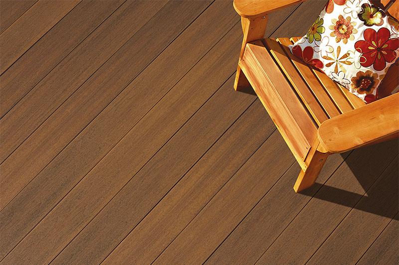 plancher extérieur en bois composite Fiberon