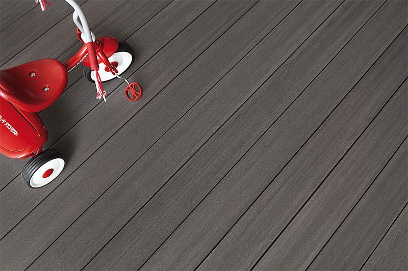 terrasse extérieur en bois composite Fiberon