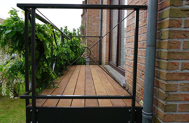 balcon en bois exotique Ipé